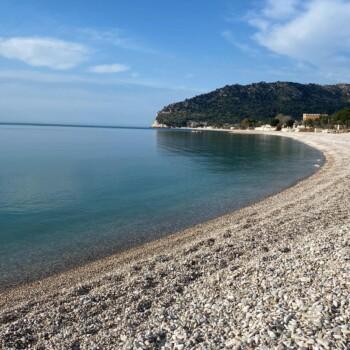 Il mare di Mattinata. (Foto: Silvia & Stefy)